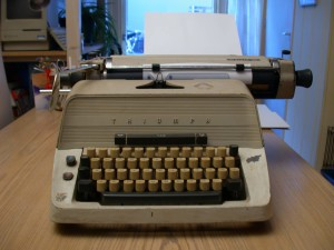 A Manual Word Processor (A typewriter)
